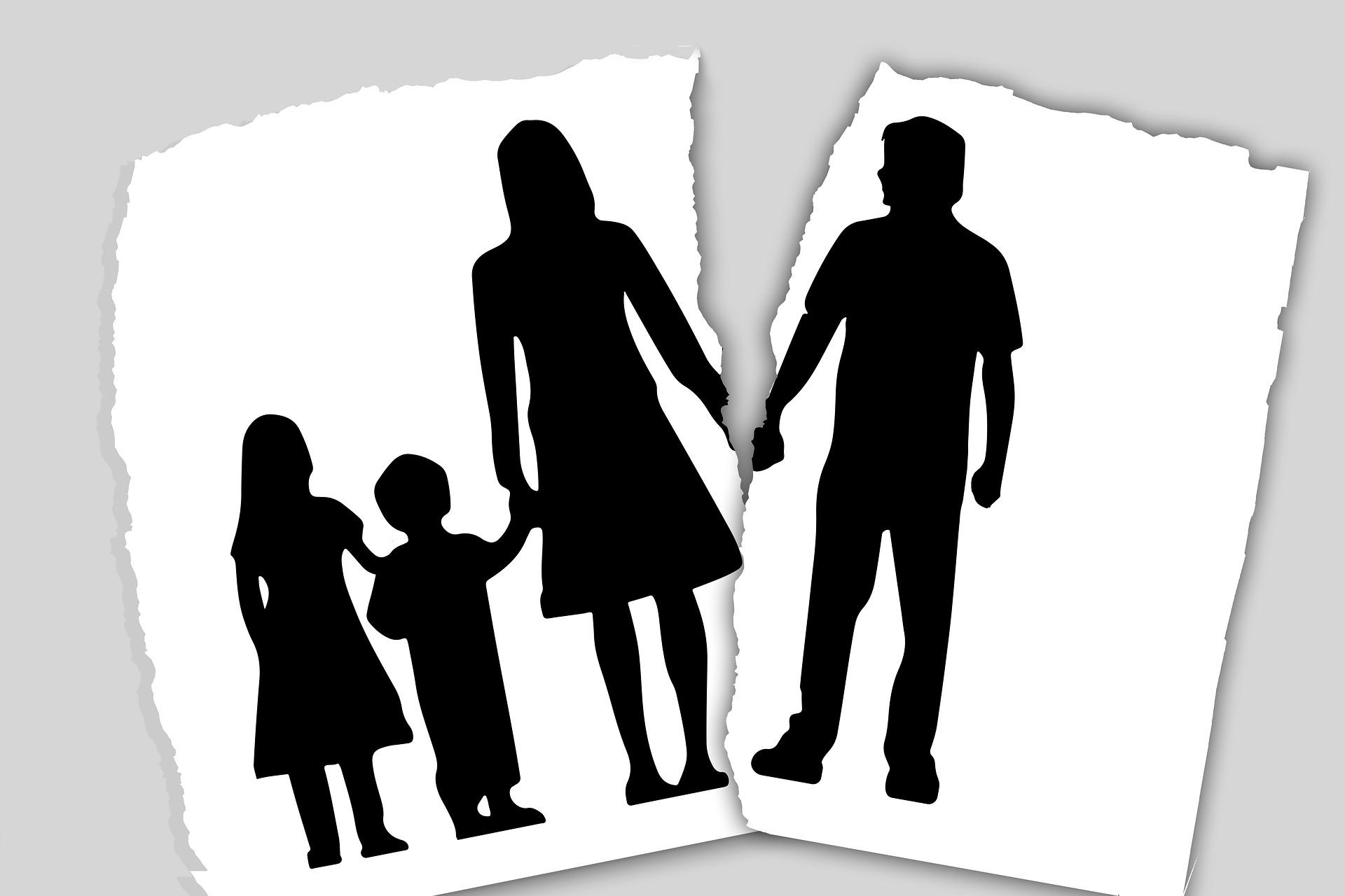 Trennung von Eltern ist eine Belastungsprobe für die ganze Familie. Während die Erwachsenen sich se